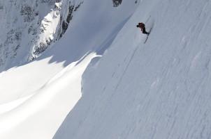 skiing_steep_img1.jpg